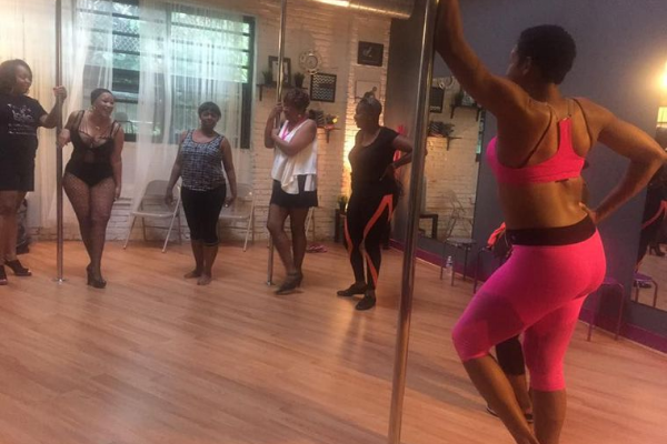 Breast cancer survivors use pole dancing to restore sensuality
