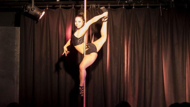 New Zealand's first pole queen crowned