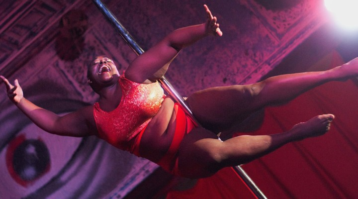 Roslyn Mays Encourages Curvy Women to Find Body Confidence with Pole Dancing