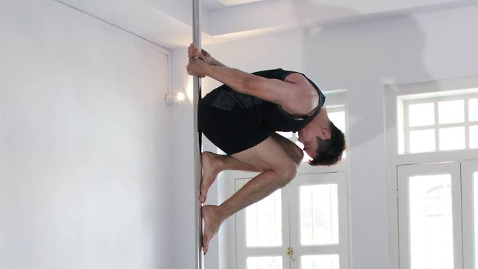 Breaking down barriers: Singapore's pole dancing men