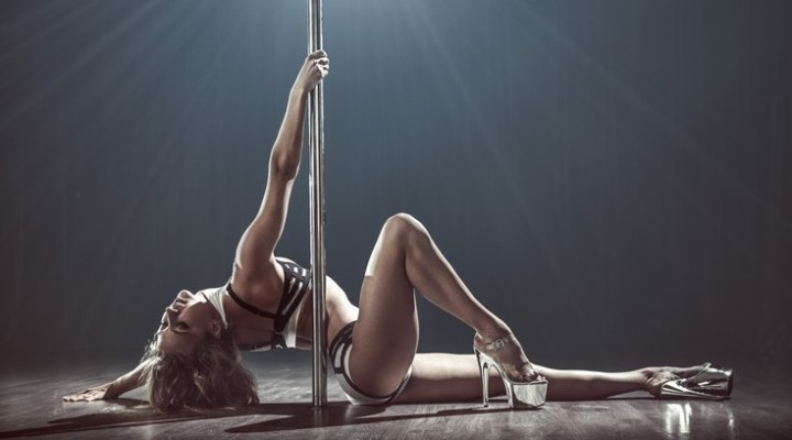 6 reasons you should take a pole dance class ASAP