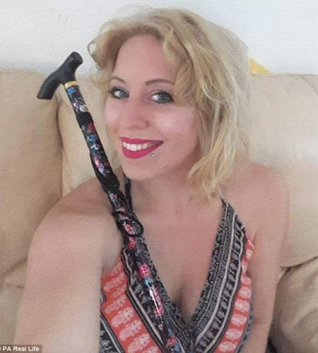 Pole dancing mother diagnosed with rare condition that left her paralyzed